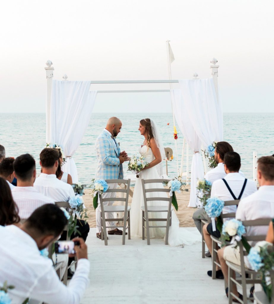blessing wedding in Puglia on the beach