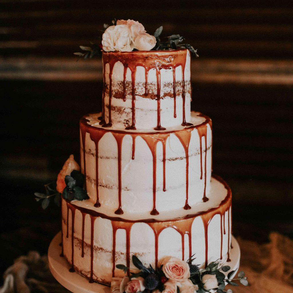 rustic wedding drip cake