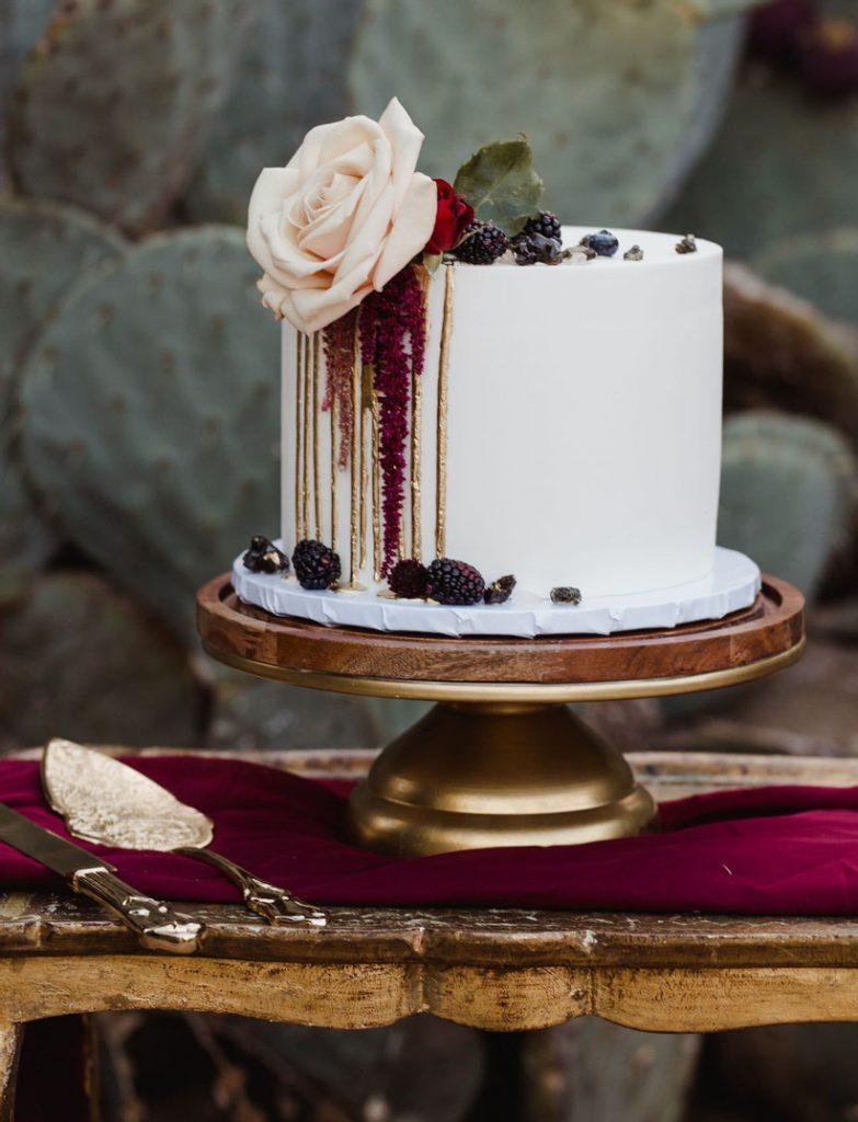 small wedding cake white