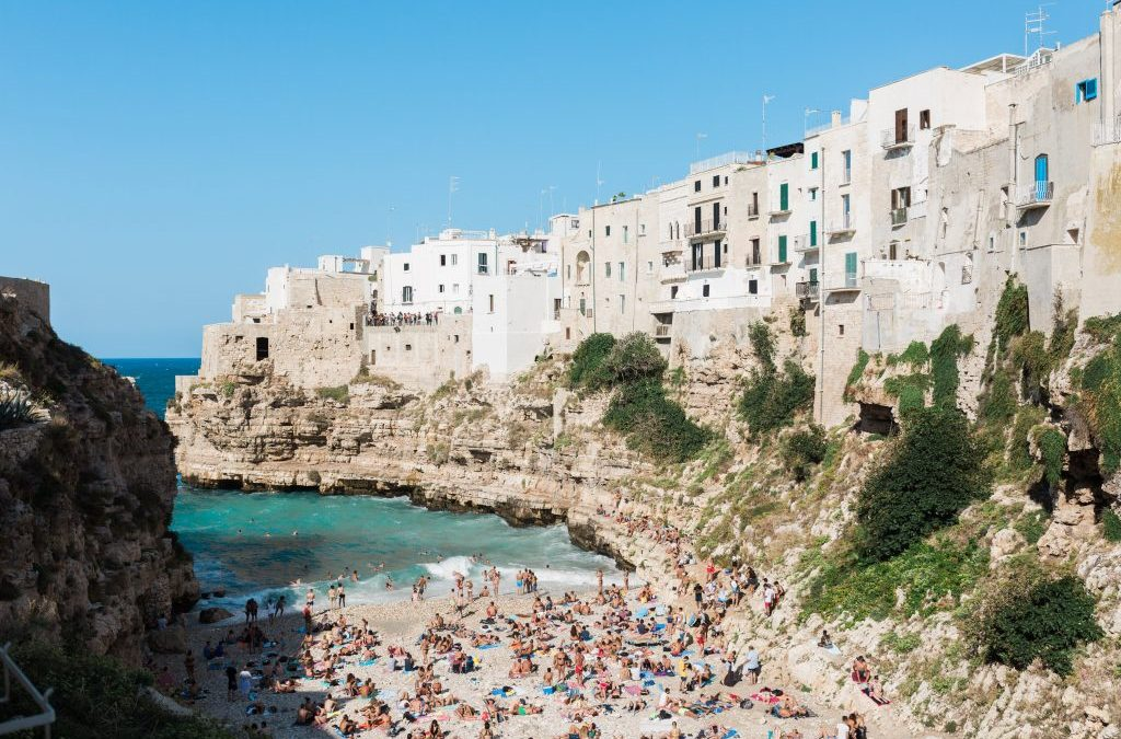 Getting married in Polignano a Mare and Monopoli: between history, magic and crystal clear sea